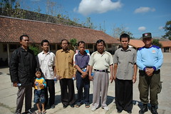 Pak Long dan para Guru SD Sawah (dw.atmaji) Tags: foto rps per regu