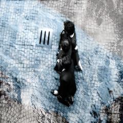 ...la felicit degli altri attraversa la strada ...The happiness of others across the street ... (UBU ) Tags: blancoynegro noiretblanc blues biancoenero pellicola analogico gelatinsilverprint blackwhitefilm nikormat kodaktrix200 blancetbleu bianconeroebluklein blupolvere ubu unamusicaintesta bluubu blumelancolia bluusato luciombreepiccolicristalli