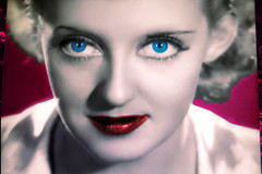 Bette Davis TV Shot (Walker Dukes) Tags: film beauty television canon xt tv screenshot glamour hollywood actress movies filmstill filmstills actor canonxt diva tcm coolest moviestills moviestill bettedavis tvshot turnerclassicmovies moviestars tvshots oldmovies picturesofthetelevision framecapture bettedaviseyes televisionshot flickrglam chercherlafemme