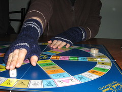 Mitts 2 Trivial pursuit