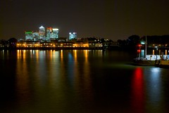 Canary Wharf by nigth