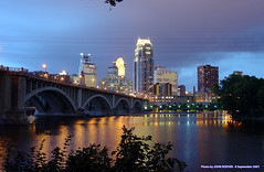 Minneapolis Evening, 6 September 2007 (photography.by.ROEVER) Tags: nightphotography minnesota skyline night geotagged evening downtown minneapolis september mississippiriver nightphoto twincities downtownskyline 2007 downtownminneapolis hennepincounty nightphotograph minneapolisskyline mississippimile bestofmpls geo:lat=44984812 geo:lon=93257017 nightimagery