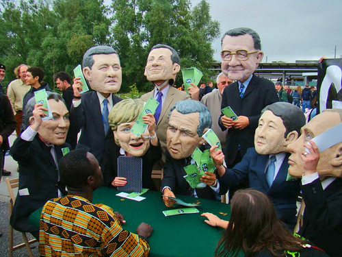 G8 leaders - Oxfam photo stunt