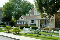 Wisteria Lane Houses 3/3 (CeeKay's Pix) Tags: usa house film yellow fence studio us losangeles holidays unitedstates hollywood cheryl suburb universalstudios ck picket backlot desperatehousewives studiotour wisterialane