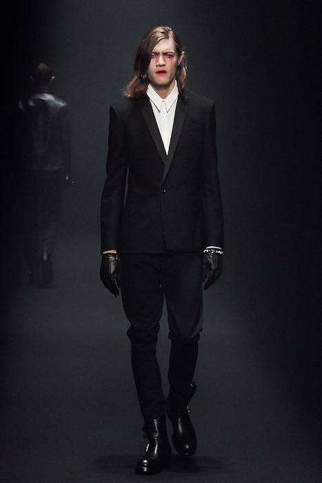 Marcel Castenmiller3054_FW10_JFW_LAD MUSICIAN(Fashionsnap)