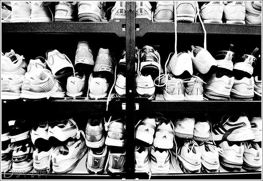 Sneakers B&W.