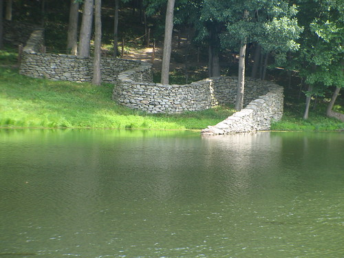 Storm King Wall : Andy Goldsworthy : Storm King / Kristin Ellington
