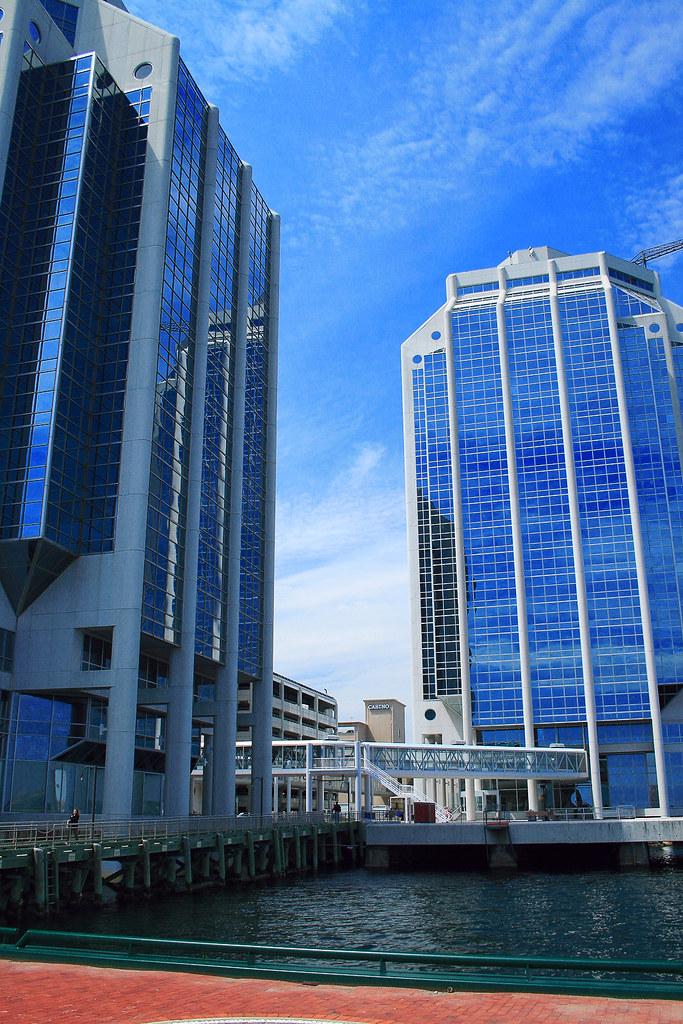 Purdy's Wharf Towers
