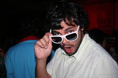 Lentes (Jos de la O) Tags: sunglasses rock religion fiestas parties roll bien patin bionico roqueras