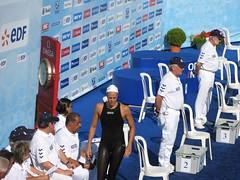 女子200m背泳ぎ 予選落ち マナドゥー選手 とほほ