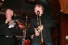 Pub band?! (Nizam Uddin) Tags: festival scotland edinburgh fringe 2007 nizam uddin nizamuddin theedinburghfestivalfringe nizamsphoto