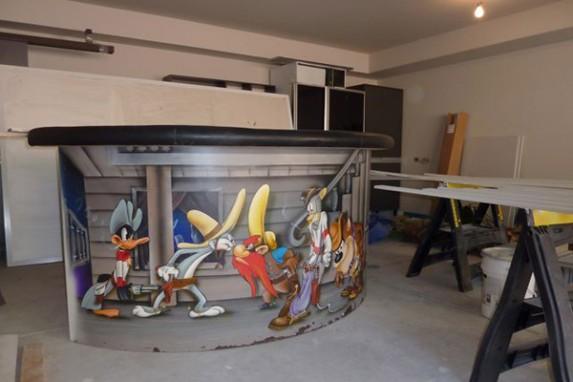 R. Kelly's Looney Tunes Bar