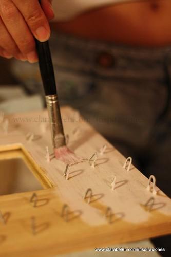 Ideas e inspiraciones para decorar marcos de espejo para organizar joyas