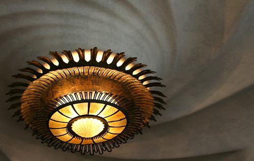 casa batlló: spiral ceiling