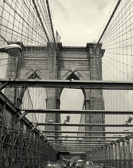 Brooklyn Bridge Traffic Jam - by BlueGoaॐ☮