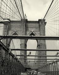 Brooklyn Bridge Traffic Jam - by BlueGoaॐ☮