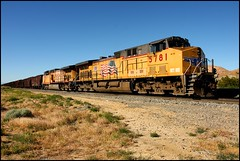 Tied Down At Fleta (greenthumb_38) Tags: railroad up train unionpacific locomotive tehachapi fleta canon40d mojavesub jeffreybass sidingatfleta teiddown tehachapidaytrip5292010