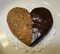 Italian Love Affair (alicakescupcakery) Tags: cookie chocolate espresso shortbread hazelnut alicakes alicakescupcakery
