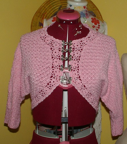 crochet pink sweater revamp
