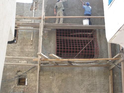 Tunis - Echafaudage (mais que fait l'Inspection du Travail ?) par gbergr
