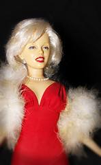 beauty (mivox) Tags: red beauty toy doll marilynmonroe plastic cwd mivox cwdweek29 cwd292 cwdcritique29 herlipstickisalwaysperfect butherhairgetsmussy