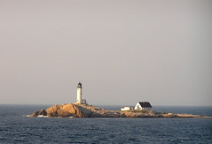 LIGHTHOUSE,  ISLES OF SHOALS (PHOTOPHANATIC1) Tags: newhampshire starisland islesofshoals
