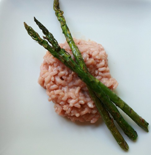 Strawberry Risotto - The strawberry flavor isn't obvious in this strawberry risotto, aside from the pink color. And it's a good way to use up the less-than-beautiful berries!