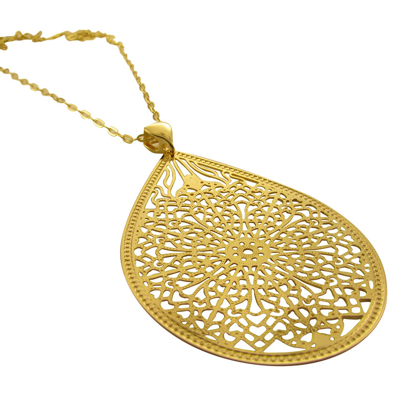 Oval-Lace-Gold-Pendant-Opaleen
