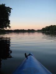 Silence! (deu49097) Tags: sunset water kayak