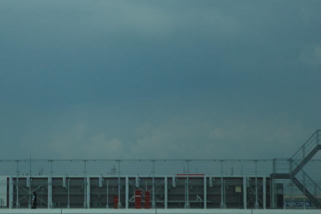 窓外の屋上