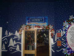Former Lewis's Christmas Grotto at Rapid, Liverpool (bsdhy) Tags: santa christmas xmas liverpool manchester birmingham l1 glasgow father leeds lewis grotto marketstreet blackpool rapid argylestreet williamsonsquare hanley lewiss renshawstreet corporationstreet theheadrow lewises thepotteries georgehenrylee basnettstreet ranelaghstreet deapartmentstore