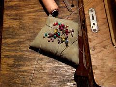 Máquina de coser I (Jorgelixious) Tags: fuji finepix needles sewingmachine coser maquina agujas s5600