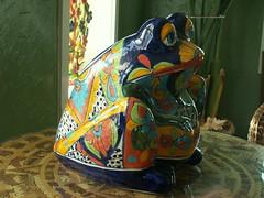 Montebello: Rana / Sapo / Frog (rosefirerising) Tags: blue green ceramics frog montebello amesiowa