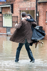 Flood dancing couple - 12