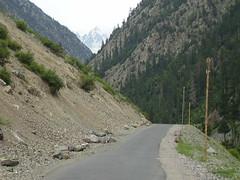Athror road kalam~pakistan~ (~Jazib e MaHek~) Tags: life road pakistan colour pakistani kalam swat shah sajjad beuaty athror
