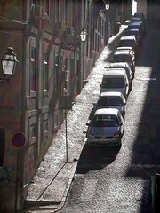 Lisboa Portugal (toltequita) Tags: auto street shadow sunlight portugal car daylight calle europa europe order lisboa lisbon parking sombra down line lissabon farol thebest babel orden abajo respeto bajada platinumphoto toltequita juanrojo