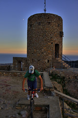 One day with Canon Eos 400D. Castell de Burriac al Maresme.SERIE 01 (¡arturii!) Tags: barcelona blue boy sunset red summer sky panorama orange moon mountain mountains colors stone landscape 3d rocks europa europe day shadows view angle ombra cel catalonia luna vista vermell catalunya blau reds cabrera maresme trial castillo hdr cataluña muntanya barcelone noi gettyimages ombres estiu castell taronja roques lluna postadesol paisatges catalogne pedres caslte perpesctive vermells agradephoto isawyoufirst onlythebestare