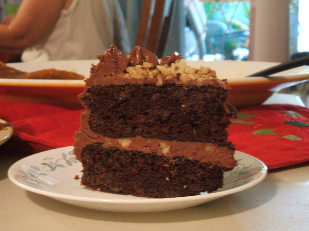 Staria's Cupcakes Galore: Chocolate Mayonnaise Cake with Cola Frosting