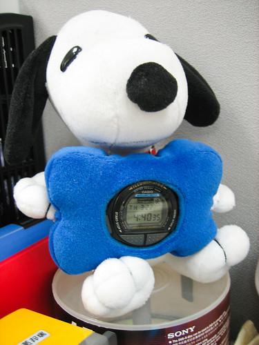 吊到的娃娃 vs 沒錶帶的錶