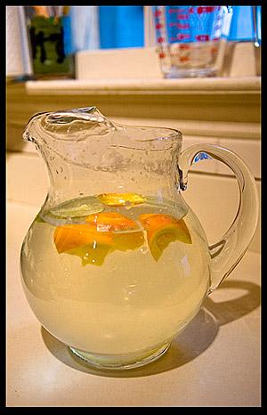 lemon-water-iambossy