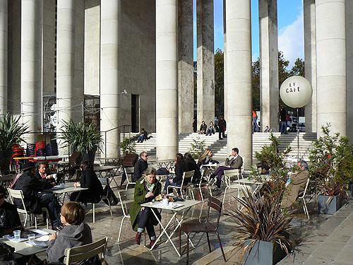 Le Café.jpg