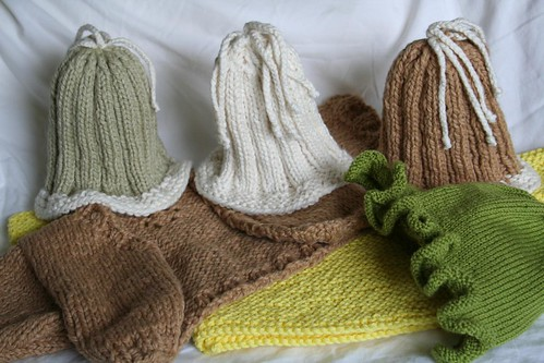 Recent Knitted Objects