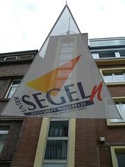 Unter Segeln (WrldVoyagr) Tags: building promotion germany deutschland triangle explore sail altstadt bielefeld segel interestingness205 nv11 explore01jul2007 bielefelduntersegeln
