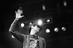 Cobra Starship (Lode Schildermans) Tags: music up cobra live fangs starship 2007 pukkelpop