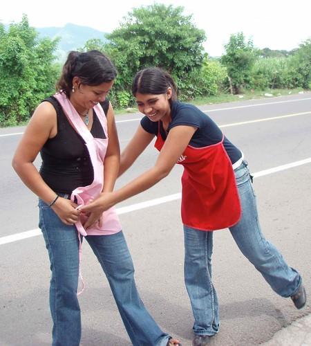 Two women - Dos mujeres; Aguilares, San Salvador, El Salvador