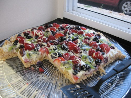 Rice Krispie treat fruit tarte???