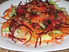 Salada com Vinagrete de Morango