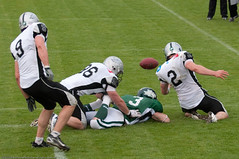 American Football: Dragons vs. Raiders (Martin Vienna) Tags: sport sterreich all dragons event niedersterreich americanfootball raiders korneuburg nikond90 70300mmf4556