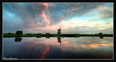 Twiske Mill Sunset Painting (Joost N.) Tags: pink sunset orange reflection green mill water netherlands yellow clouds zonsondergang nikon wolken recreation molen noordholland landsmeer mirroring twiske hettwiske