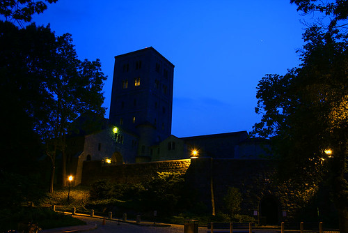 The-Cloisters-at-night